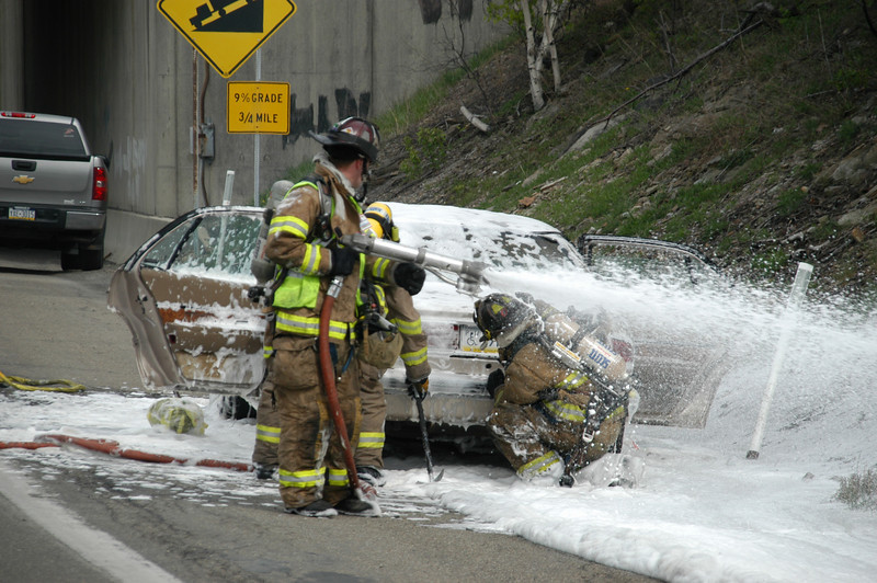 mahanoy township vehicle fire 5-7-2010 006.JPG