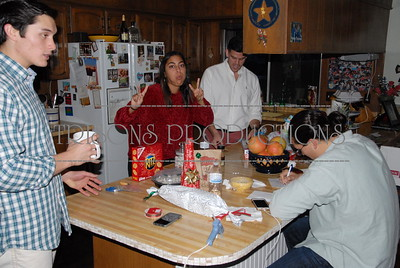 Christmas Eve at Aunt Linda's home 12-24-16