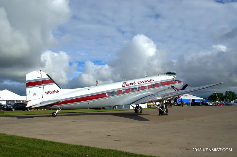 Flabob Express DC-3