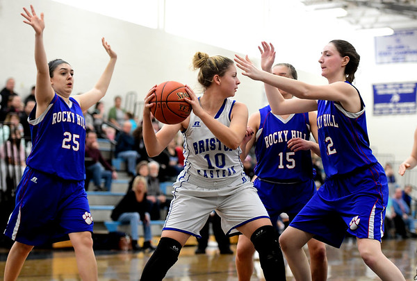 2/9/2019 Mike Orazzi | Staff Bristol Eastern's Meredith Forman (10) during Saturday's girls basketball game in Bristol.