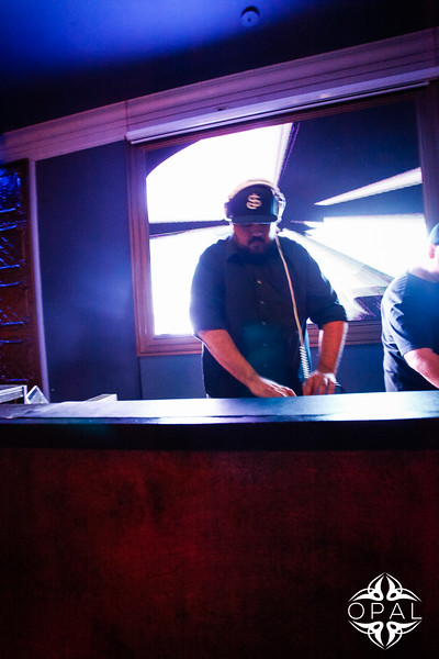 9-11 [Escape Fridays - DJ AARON THE ERA AND AUDIO 1@Opal]