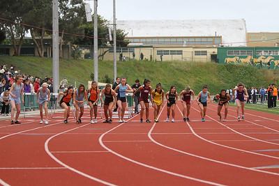 Invitational Varsity 1600m Run