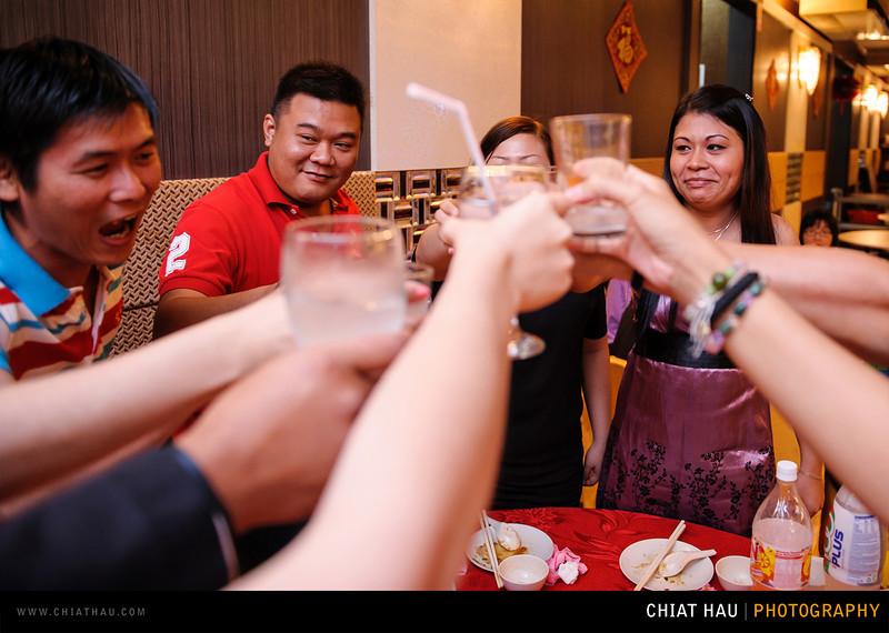 Chee Hou + Li Li - Actual Day Bride Dinner -_-132.jpg