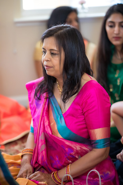 Hina_Pithi_Pooja-151.jpg