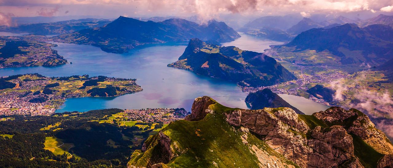 瑞士卢塞恩(Lucerne),湖中小岛
