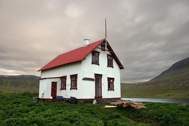 Aðalvík - Staður. Prestbústaðurinn 2010.