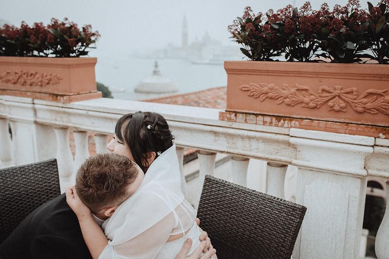 Tu-Nguyen-Destination-Wedding-Photographer-Vow-Renewal-Venice-Italy-Hochzeitsfotograf-Italien-Venedig-23.jpg