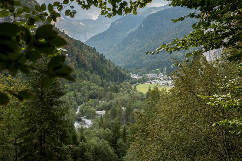 savoie-sixt-fer-a-cheval-foret-canyon-village-orage_D3_6731.jpg
