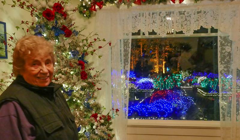 12-05-2019 Shore Acres Christmas Light Show (49 of 55).jpg