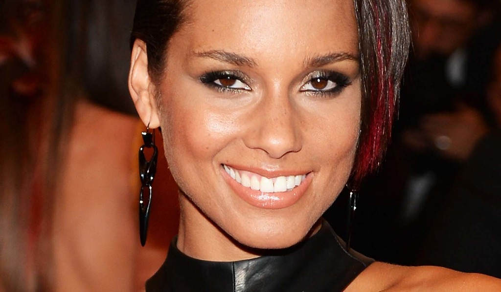 """. Grammy-winning musician and singer Alicia Keys is 36. Let\'s celebrate by <a href=\""""https://www.youtube.com/watch?v=Urdlvw0SSEc\"""" target=\""""_blank\"""">going here to hear her hit \""""Fallin\'.\""""</a> (Getty Images: Dimitrios Kambouris)"""
