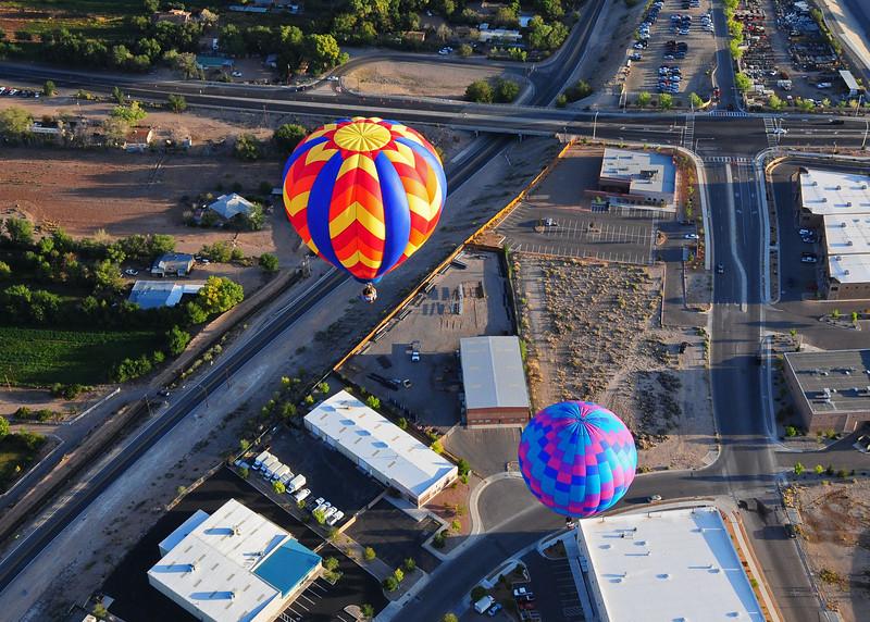 NEA_5825-7x5-Balloons.jpg