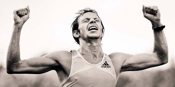 black and white marathon photos