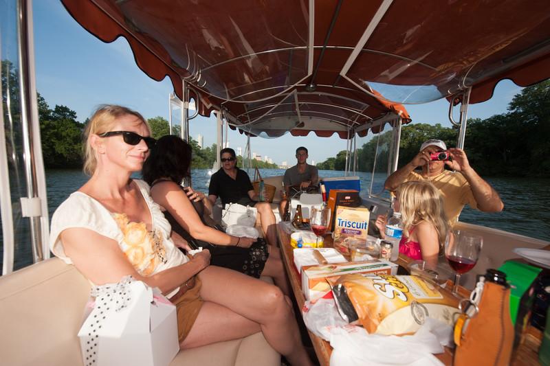 Travelhost_Party-0845.jpg