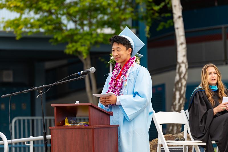 Hillsdale Graduation 2019-10266.jpg