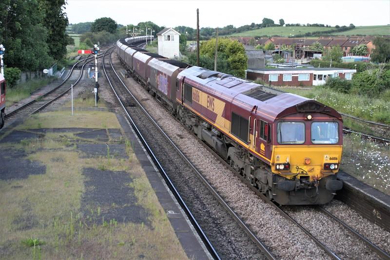 66186 1919/6B19 Immingham-West Burton passes Barnetby