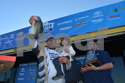 nonboater-destroys-bass-nation-field-on-conroe-earns-spot-in-classic
