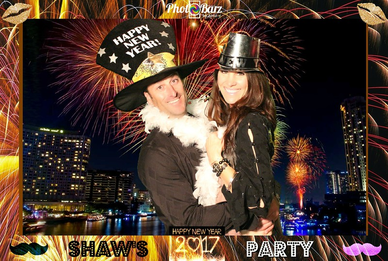 Shaws NYDay Party (81).jpg
