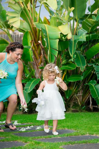 087__Hawaii_Destination_Wedding_Photographer_Ranae_Keane_www.EmotionGalleries.com__140705.jpg