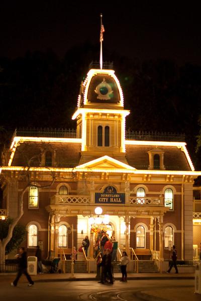 2010 - Jan - 18-24 - Family Disneyland Trip-9686