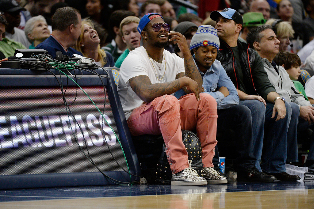 . Denver Broncos Von Miller takes in the Denver Nuggets and Los Angeles Clippers game March 17, 2014 at Pepsi Center. (Photo by John Leyba/The Denver Post)