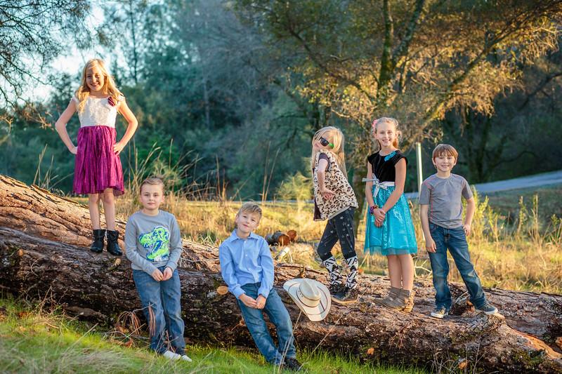 01-06 Savannah's Family-2024.jpg