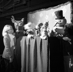 8122 CAC Puppet Show