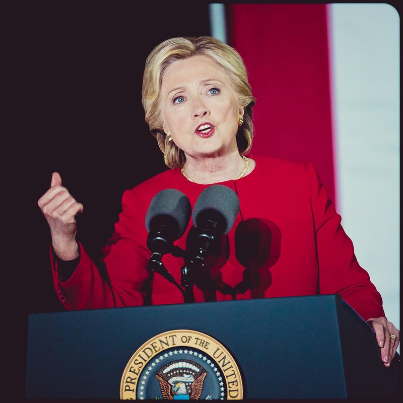 HillaryClintonElectionEve-AkshaySawhney-3720.jpg