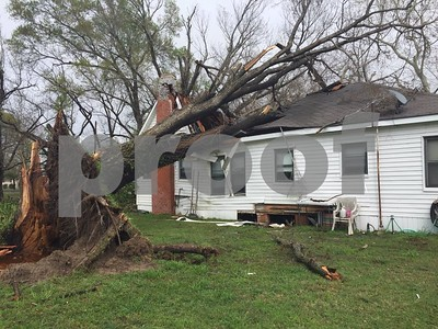national-weather-service-confirms-tornado-touched-down-in-malakoff