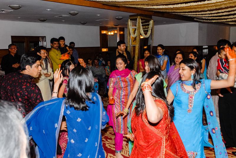 Wedding_Bombay_1206_411-2.jpg