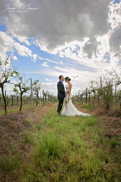 Wedding photo - crowne hunter valley - jessie d images 3.jpg