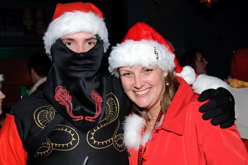 2009 ALS Santa Crawl-140.jpg