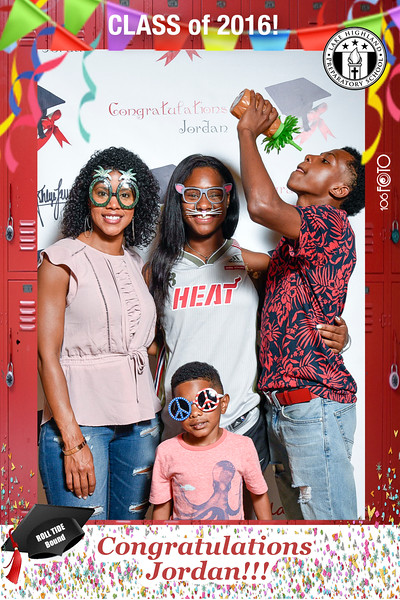 Jordan's Graduation Party Photobooth by 106FOTO-150.jpg