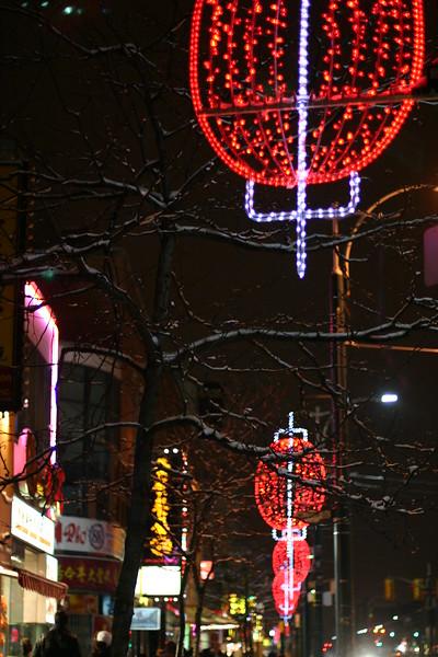 chinatown-at-night_2237838407_o.jpg