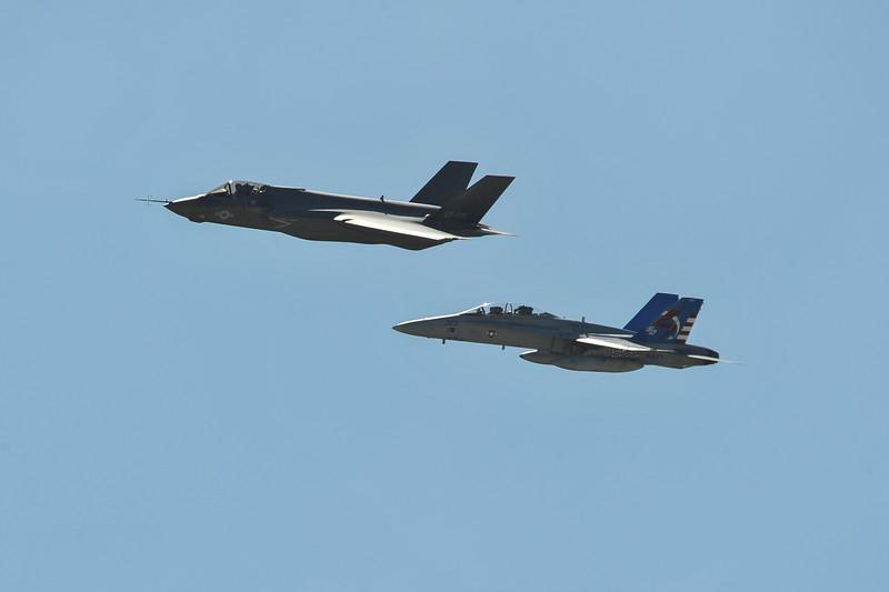 F-35 & F-18