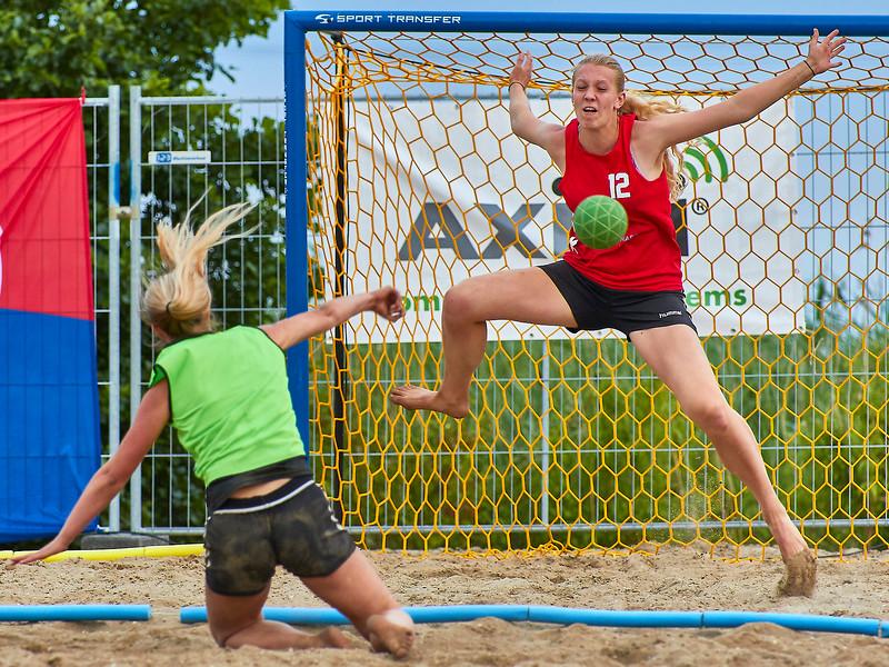 Molecaten NK Beach Handball 2017 dag 1 img 645.jpg