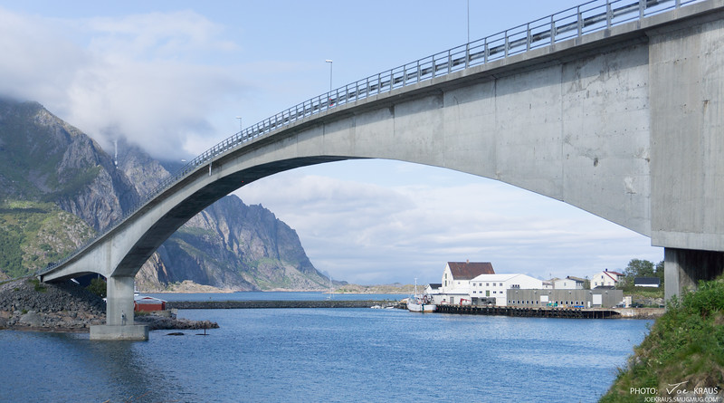 Bridge to Henningsvær