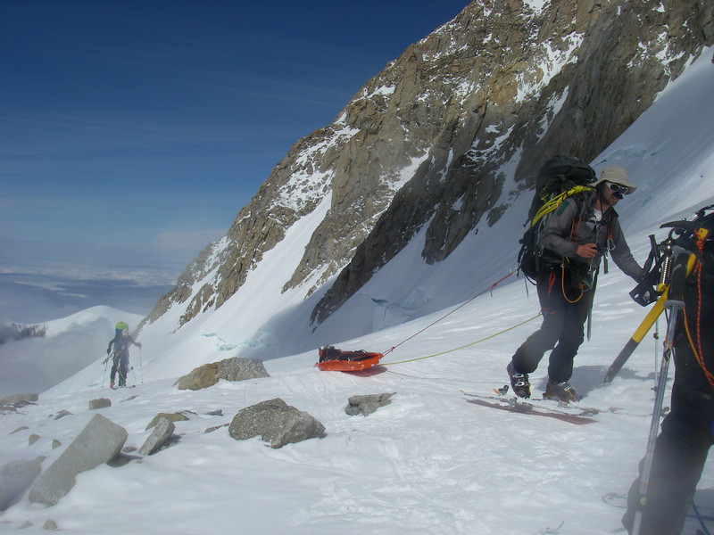 Doug exiting from Windy Corner (John DM is behind). This time only Durny and Doug had sleds.