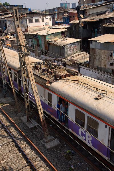 Trains near Dharavi