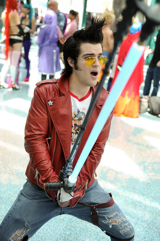 ". Tony Dodge is dressed as ""Travis Touchdown\"" at the Anime Expo at the L.A. Convention Center, Saturday, July 6, 2013. (Michael Owen Baker/L.A. Daily News)"