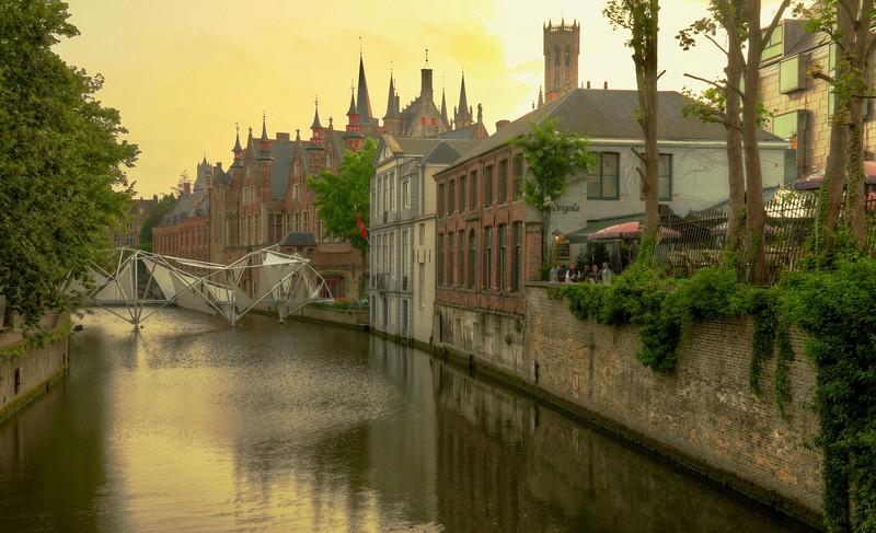 Canals at dusk -  Bruges