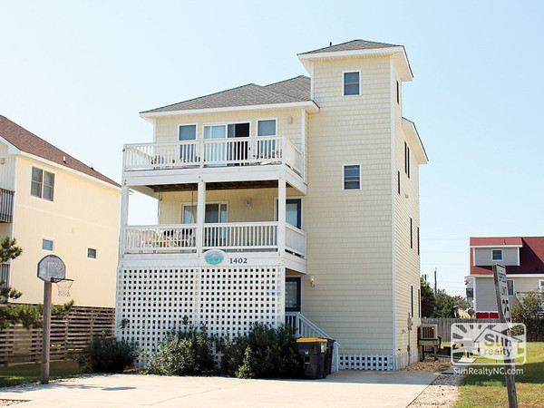 Wright By the Sea 385-A Exterior