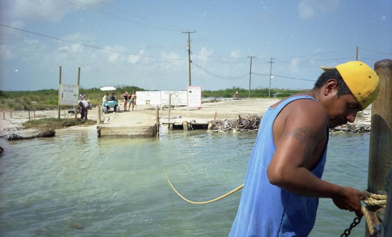 Belize 03-2003005.jpg