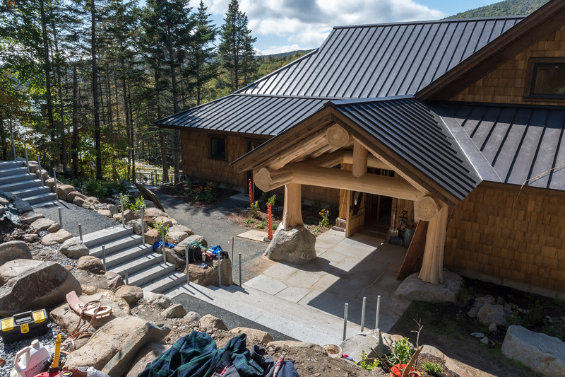The new Ravine Lodge looks fabulous from from the entry walkway. Photo by David Kotz '86.