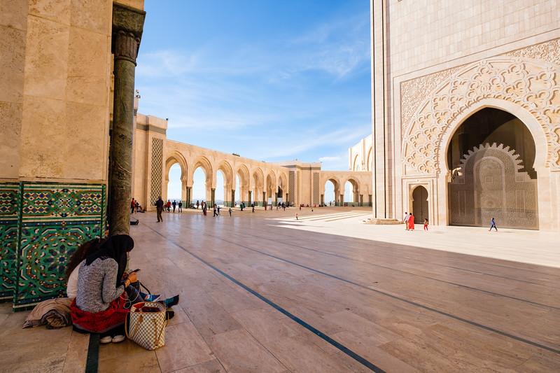2017_Morocco_Casablanca_genevievehathaway (5 of 1).jpg