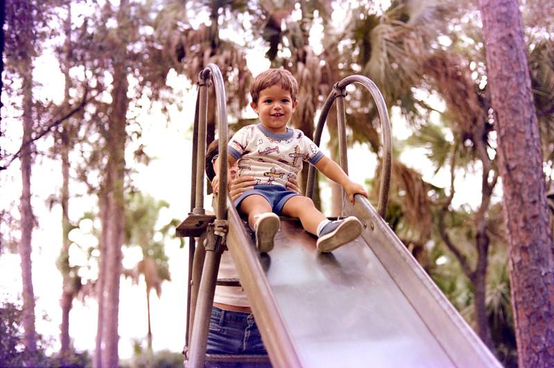 1976-10-15 #7 Dianna In Florida.jpg
