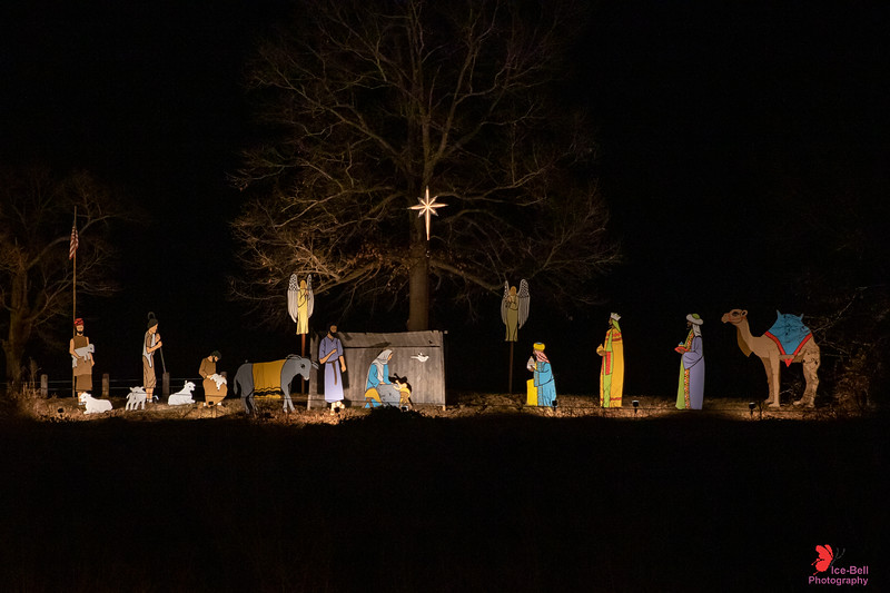 20191222-CassvilleMO-NativityScene-1wm.jpg