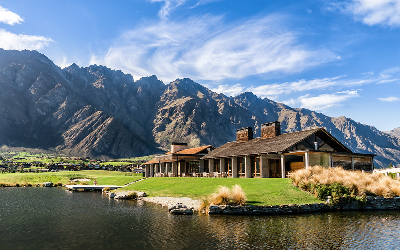 jacks-point-clubhouse-new-zealand.jpg