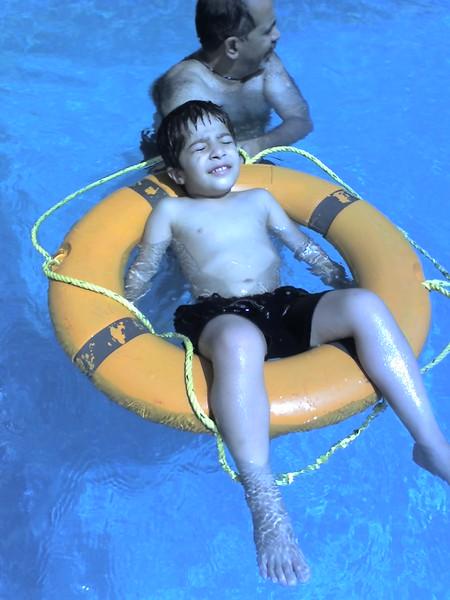 21-01-07h pool.jpg