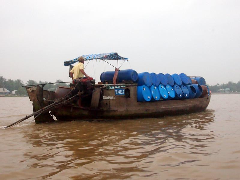 PA274614-fuel-boat.JPG