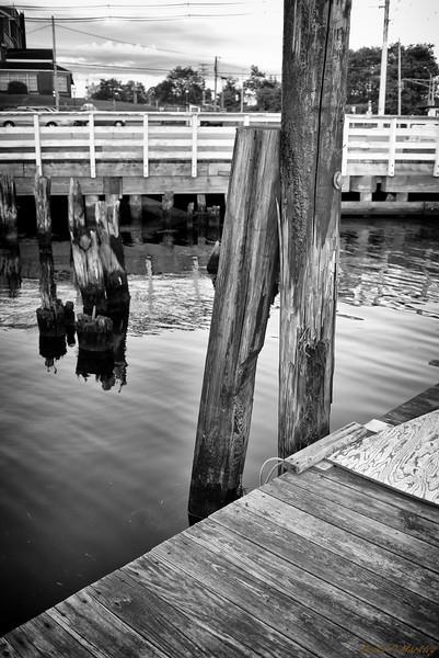 Pier Post